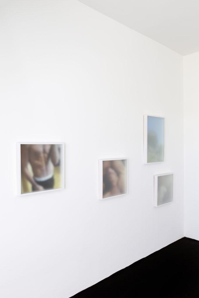 Mario Kiesenhofer, Arbeiten aus den Serien You Are Here und Island, 2018 © Mario Kiesenhofer, Ausstellungsansicht_2